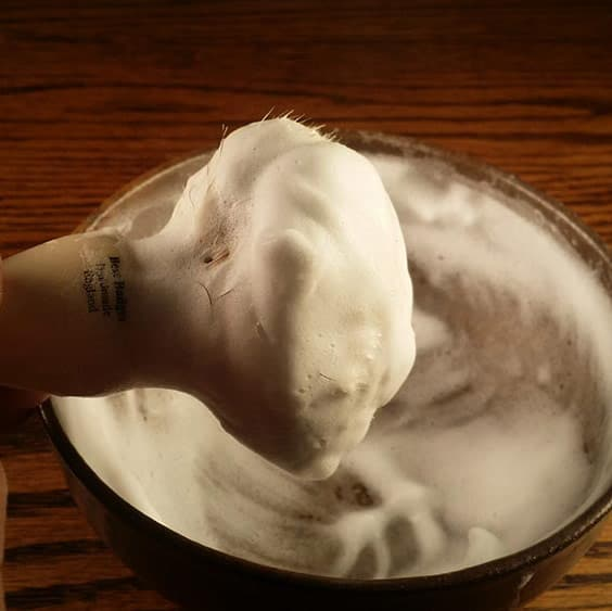 How to Lather Shaving Cream with a Brush! Let's Break Down the Steps!