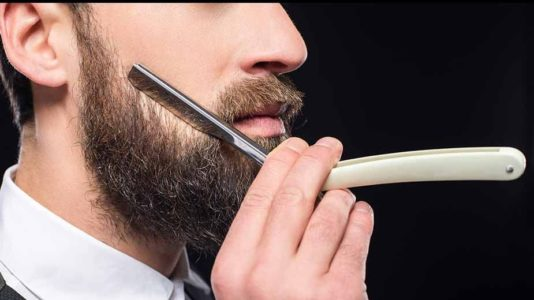 6 Best Straight Razors of 2019 Reviewed (Ultimate Buyer's Guide)