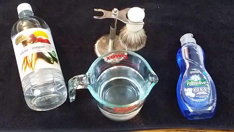 How to clean a shaving brush 2