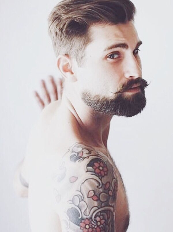 The Hollywoodian Beard - How To Grow and Maintain this 15